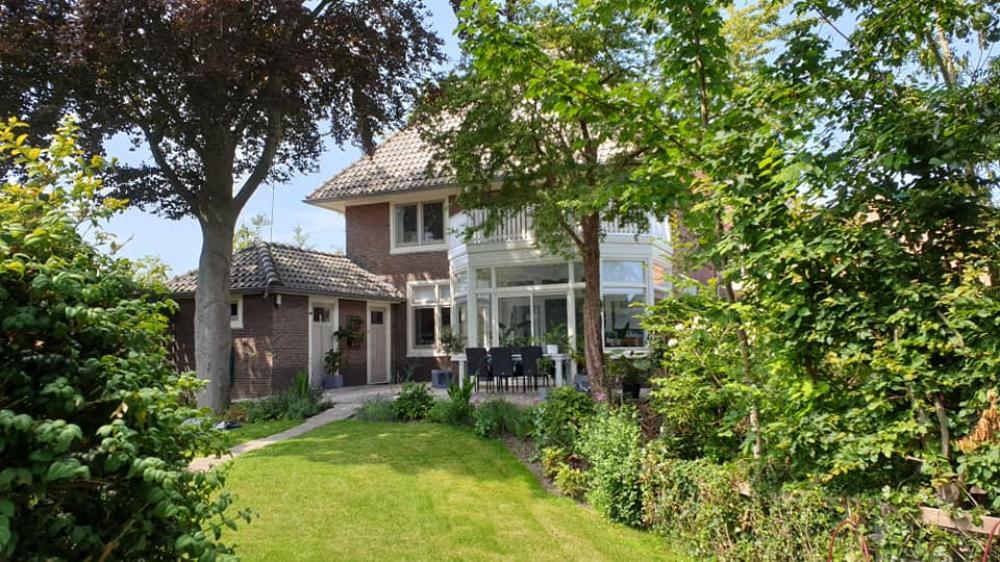 Huizenruil: Villa in Broek op Langedijk